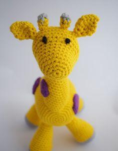 Lieve gehaakte giraffe. Het nieuwste ontwerp van Anama!