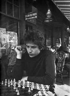 Bob Dylan playing chess in Woodstock, N.Y., by Daniel Kramer, 1964 #chess