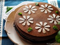 Povidlový dort Cake Recipes, Desserts, Food, Tailgate Desserts, Deserts, Easy Cake Recipes, Essen, Postres, Meals