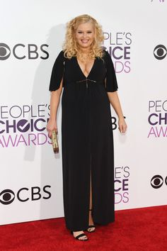 Melissa Peterman - Every Look from the 2017 People's Choice Awards  - Photos