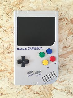Step Two - Screen is in. Games Consoles, Nintendo Consoles, Hand Games, Computer Engineering, Game Boy, Nintendo Games, Johnny Depp, Video Game Console, Tecnologia