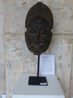 Baoulé Mask http://entreetoblackparis.blogspot.fr/2013/03/africa-unlimited-at-cloitre-des.html