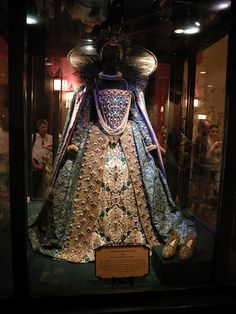 Queen Elizabeth the first's peacock gown OMG...that's all there is to say about it