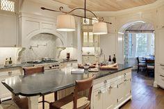 #kitchen #customhomes #kiawahisland #islandarchitects