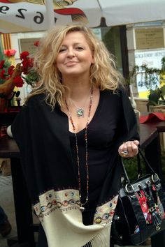 Magda Gessler powraca! Fashion, Beauty, Moda, Fashion Styles, Fasion, Fashion Illustrations, La Mode