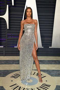 Victoria's Secret Lais Ribeiro looking magnificent in a Haute Couture SS 19 mirror dress at the Vanity Fair Oscar Party #georgeshobeika #vanityfair #oscars