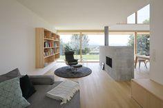 Haus DB Klaus — ARCHITEKTUR Jürgen Hagspiel Bungalow, Concrete Wood, House On A Hill, Dining Bench, Villa, Windows, Patio, Living Room, Outdoor Decor