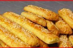"""Cea mai bună """"Prăjitură cu mere"""" din toate ce le-ați pregătit până acum! Descoperiți o rețetă de notă 10! - Bucatarul Pretzel Bites, French Toast, Curry, Bread, Vegetables, Breakfast, Ethnic Recipes, Food, Bakken"""