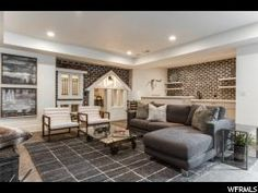 JCraft Homes 2017 Parade of Homes for Sale. Amazing new open concept plan. So bright and airy. This home is loaded with style and features. Fully finished, with high end finishes and upgrades in every room. Come and see it!