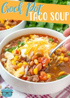 Crock Pot Taco Soup combines ground beef, ranch seasoning, taco seasoning, Rotel, corn, diced tomatoes topped with sour cream and cheese! Crock Pot Tacos, Crock Pot Soup, Crock Pot Slow Cooker, Crock Pot Cooking, Slow Cooker Recipes, Crockpot Recipes, Soup Recipes, Cooking Recipes, Kid Cooking