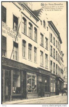 Bruxelles - rue de la Putterie Fabrique de Plumes ? et Boulangerie -Epicerie Cumps