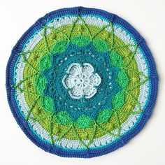 mobiusgirl made this beautiful #crochet mandala