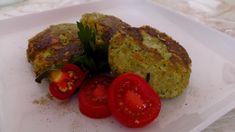 Co je zdravé nebývá dobré? Tak na tohle úsloví s našimi brokolicovými karbanátky zapomenete. I masožrouti se olíznou, niva se totiž vyznamená - a navíc v kuchyni strávíte sotva slabou hodinku. Grains, Rice, Stuffed Peppers, Vegetables, Food, Stuffed Pepper, Essen, Vegetable Recipes, Meals