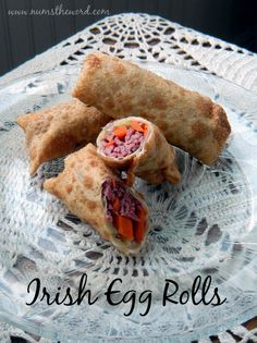 Irish Egg Rolls - This is the PERFECT way to use up your St. Patrick's Day dinner leftovers.  They were sooo good.  SImple, easy and oh so delicious!