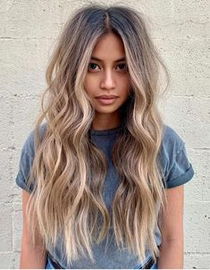 Every one know the modern year of 2021 is going on and in this year every young and stylish girls want to wear the different and fresh look to impress the other people. That's why here we share the best and Modern Hair Color ideas of Balayage Hair for those girls who have the long hair. So we recommend this trendy look to try now and go rock in these days. #fallhaircolor,#2021haircolor,#balayagehaircolor,#longhaircolor,#besthaircolor, #hairsalon, #haircolorideas, #blondehaircolor…
