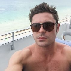 Pin for Later: The Sexiest Male Celebrity Selfies of 2015 Zac Efron