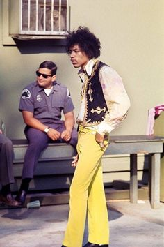 """twixnmix: """" Jimi Hendrix during soundcheck for his performance at the Hollywood Bowl on August """" Jimi Hendrix Experience, Voodoo, Jimi Hendricks, Rock N Roll, Hey Joe, Psychedelic Music, Looks Street Style, Guitar Tips, Music Icon"""