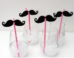 Mustache straw!