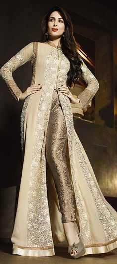 Attract compliments by this beige and cream georgette Malaika Arora Khan designer suit. The embroidered and patch border work looks chic and perfect for festival and wedding. Comes with matching botto. Abaya Fashion, Fashion Pants, Indian Fashion, Fashion Dresses, Fashion Wear, Pakistani Dresses, Indian Dresses, Indian Outfits, Bollywood Dress