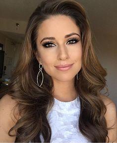Nia Sanchez, beautiful hair and makeup