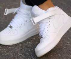 new product 836e8 403a3 Nice Dam Nike, Vita Skor, Nike Skor Utlopp, Nike Skor, Skor Sneakers
