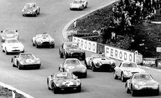 Alfa Romeo Spa Francorchamps 500 km 1965 Ferrari F1, Lamborghini, Sports Car Racing, Race Cars, Porsche 904, Gilles Villeneuve, Spa, Alfa Romeo, Le Mans