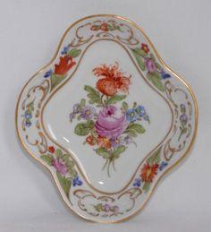 Antique-Carl-Thieme-Potschappel-Dresden-Hand-Painted-Small-Pin-Dish-Lozenge