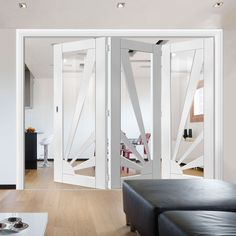 Thrufold Calypso Aurora Shaker White 3+0 Folding Door - Clear Glass.  #foldingdoor #bifolddoors #trifolddoors #interiorfoldingdoors #moderndoors #door #interiordesign #thrufold