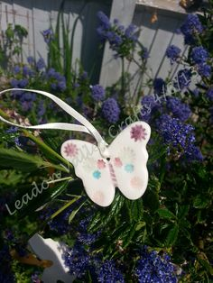 Ceramic charms, ideal as card toppers, on bouquets etc  £2.50 plus £ 1 p Other colours can be made on request © Leadon Valley Crafts 2013