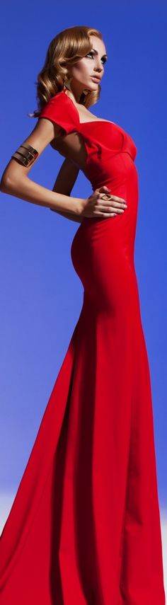 SEXY Olesya Malinskaya Backless Red Gown 2013 what I wouldn't give to just strut around in this dress feeling serious amounts of sexy Red Fashion, High Fashion, Womens Fashion, Red Gowns, Beautiful Gowns, Sexy Outfits, Pretty Dresses, Dress To Impress, Evening Dresses