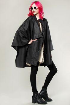 Vintage 80s Avant Garde Cape Coat #avantgarde #cape #vintage #pinkhair #thriftedandmodern