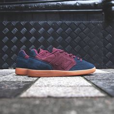 Sneakersnstuff x New Balance Epic TR
