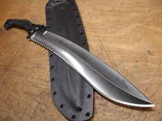 Serrated Tacopis fixed blade short sword by American Kami