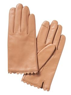 Scallop-Edge Leather Gloves
