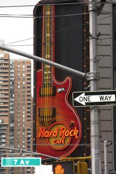 Hard Rock Cafe- Times Square , NYC/ I love this place! Hard Rock Cafe Nyc, Wyoming, Photographie New York, Illinois, Times Square, Voyage New York, I Love Nyc, City That Never Sleeps, Concrete Jungle