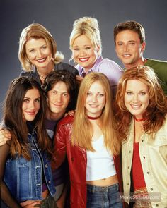 A gallery of Sabrina, the Teenage Witch publicity stills and other photos. Featuring Melissa Joan Hart, Caroline Rhea, Beth Broderick, Nate Richert and others. Melissa Joan Hart, Caroline Rhea, Witch Photos, Teen Witch, Sabrina Spellman, Comedy Tv, Archie Comics, Vintage Tv, Teenager