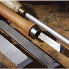 Skew Chisel Tips for Woodturning Downloadable Technique - If you learn two skew-cutting techniques and a scraping method, you'll turn like a pro!