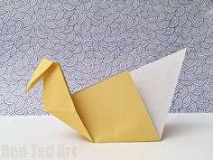 Easy-Origami-Patterns-make-this-super-easy-and-fun-paper-origami-swan-it-only-takes-minutes-to-learn.jpg (690×518)