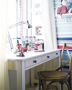 escritorios para sentarse a estudiar