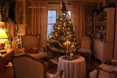 Hello everyone, I hope you enjoyed your weekend. I enjoyed a lovely afternoon on Saturday going to the Christmas    ...
