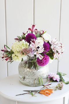 diy floral arrangements for christmas, diy floral arrangements centerpieces, diy floral arrangements wedding, diy floral arrangements for funeral, diy floral arrangements vases, diy floral arrangements roses, diy floral arrangements baby shower, diy floral arrangements pinterest, diy flower arrangements for funerals, diy flower arrangements for mother's day #diyflowerarrangement
