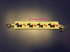 Made out of seed beads and nylon thread. This bracelet has 4 minions on it with a grey background. Bracelet is approx. Loom Bracelet Patterns, Seed Bead Patterns, Beading Patterns, Beaded Braclets, Bead Loom Bracelets, Seed Bead Jewelry, Beaded Jewelry, Baby Charm Bracelet, Bracelets