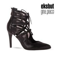 Wiązane wieczorowe czółenka na szpilce w kolorze czarnego brokatu. #eksbut #buty #obuwie #shoes #szpilki #highheels #fashion #moda #polishbrand