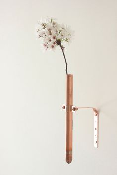 Home Decorating DIY Projects: I need this. Copper Bud Vase Modern Handmade Home Decor by thevintagevogue Copper Work, Copper And Brass, Copper Vessel, Bud Vases, Flower Vases, Flowers, Copper Blush, Vintage Vogue, Handmade Home Decor