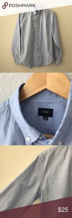J Crew Men's 'Washed' Style Button Down Shirt M Men's J Crew Factory 'Washed End on End' Button Down Shirt in blue, Size Medium. This was worn once and is in excellent condition. I will be adding much more Boys and Men clothing to my closet! Thanks for stopping by! ☺️🤗 J. Crew Shirts Casual Button Down Shirts