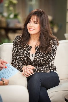 Marie Osmond - performer / television personality - post-partum depression Marie Osmond, Debbie Osmond, Osmond Family, Medium Hair Styles, Long Hair Styles, Mary, Richard Thompson, The Osmonds, Celebrities