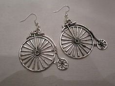 Bycicle ! Vintage silver bicycle