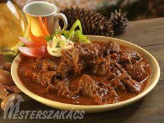 Vörösboros vadpörkölt recept Goulash, Food And Drink, Beef, Dinner, Recipes, Red Peppers, Meat, Dining, Food Dinners