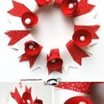 WREATH – white and red