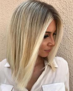 20 Best Professional Hairstyles for Women to Try Hairstyles 20 Sop. - 20 Best Professional Hairstyles for Women to Try Hairstyles 20 Sophisticated and Easy - Balayage Lob, Blonde Balayage Highlights, Professional Hairstyles For Women, Professional Haircut, Professional Women, Business Professional, Messy Bob Hairstyles, Long Bob Haircuts, Woman Hairstyles
